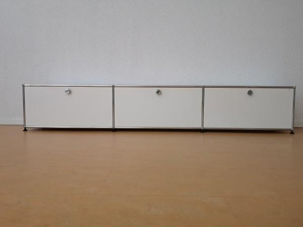 USM Haller Lowboard mit 3 Fächern und 3 Türen, Nr 170854
